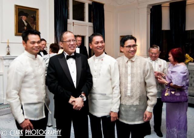 Kuya Efren, 2nd from right during a Philippine NZ Business Forum event, with a very special guest from the homeland ;) thanks and acknowledgment for the pic to Kinoy business leader Mr Lito Banal!