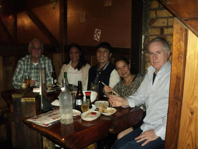 with kabayan Aline and Arlene and their Kiwi partners.  Beer optional. :)