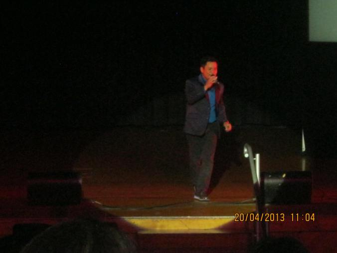 Ogie the Pogi made even smaller from the nosebleed section