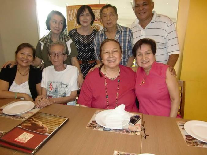 any time there's a family gathering in Manila, I get to see it through FB pics.  This is a birthday celebration attended by Mom and her siblings.